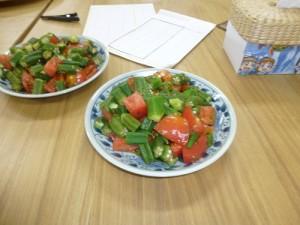 オクラとトマトの和え物