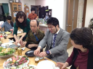 講演の後は、ぽらんに帰って福田先生と御馳走を囲みました。